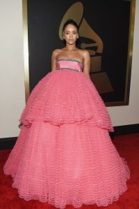 Rihanna-attends-The-57th-Annual-GRAMMY-Awards-at-the-STAPLES-Center